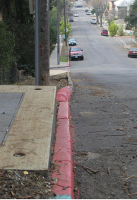 Fig. 7.1: Street curb with asiesmic creep